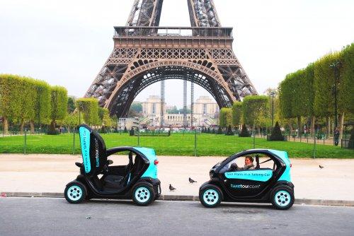 Découvrir Paris en Twizy